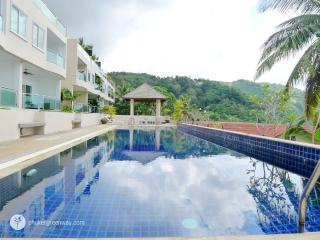 Sea view 3-storey townhome, Kata Beach