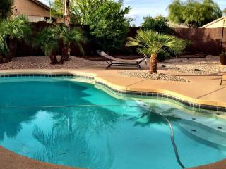 Beautiful Vacation Home with a Private Pool!, Goodyear