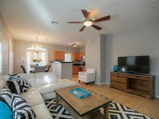 Perfect Tempe Town Home Across from Cubs Stadium