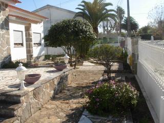 Barnes Villa, Fontanelas, Sintra