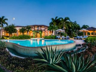 Villa Puesta del Sol, Sleeps 12, Playa Panama