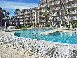 Ocean One 105 - Wonderful Oceanfront 1st Floor Condo, Hilton Head