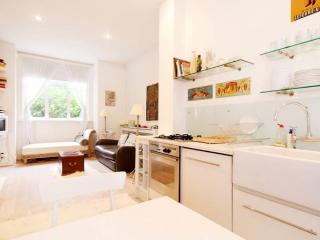 Apartment on Nascot St , White City, London