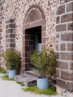 L'entrée de l'église.