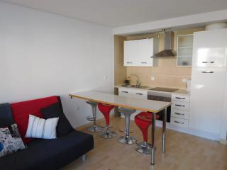 1 bedroom apt in Monachil, 25 min drive to Ski 10 min Granada City