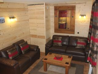 Valmorel Ski Apartment - true ski in - ski out