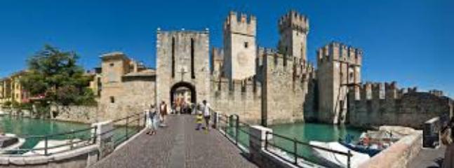 Sirmione ingresso al centro storico