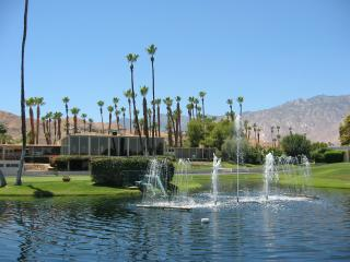 Spacious and Bright Golf Resort Condo - Monthly, Palm Springs
