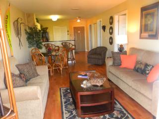 Newly Updated! Great Location! No Car Needed!, Madeira Beach