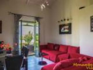 Monambeles villas, Sea View house,  Free WiFi