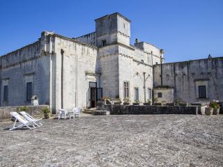 SUITE TORRE (suite deluxe) CASTELLO DI CASAMASSELLA