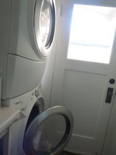 washer/dryer in laundry room