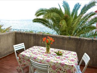 Casa Zaffiro - apartment with sea view, Santa Teresa di Riva