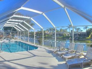 Coral Princess-Canal Front with Heated Pool and Sp, Cape Coral