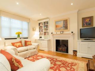 2 bed flat on Ifield Road, Kensington, London