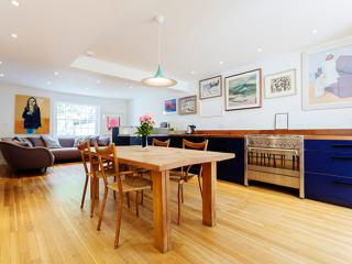 Contemporary Camden, 5 bedrooms - Albert Street, London