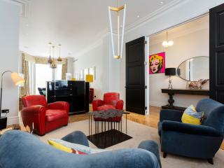 Kingly Kensington, 5 bed house on Argyll Road, Londen