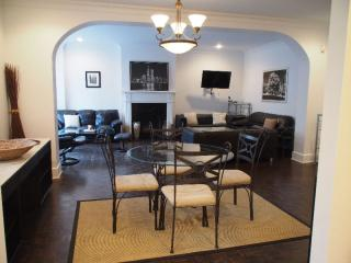 Beautiful Fully Furnished 3 Bedroom Condo, Montreal
