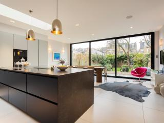 Veeve - Luxury Fulham Home by the River