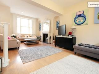 Large 4 bed home with terrace, Courtnell Street, Notting Hill, London
