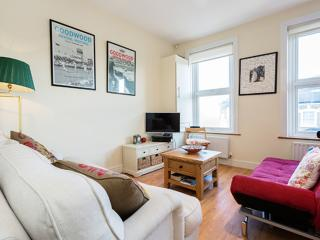 1 bedroom apartment on Munster Road, Fulham, Londres