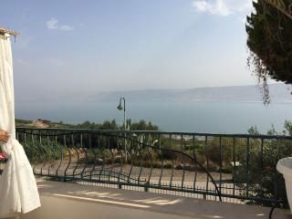 PEACEFUL W/BEAUTIFUL SEA OF GALILEE VIEW, Tiberias
