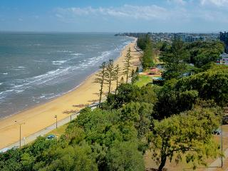 Suttons Beach Apartments Unit 10, Redcliffe