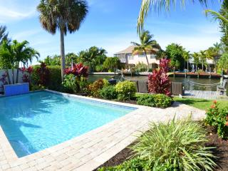 Sunshine Cottage - Private 30' Pool and Boat Dock, and steps away from the beach