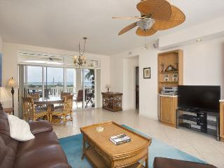 30 night minimum stay requirement. Boater's Dream 2 Bedroom 2 Bathroom Condo, Key West