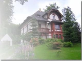 """Ferienwohnung im Landhaus """"Am Hochwald"""""""