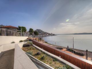 Casa Marina 2 - waterfront apartment