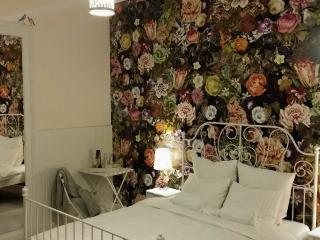 Felinarul Garden Room