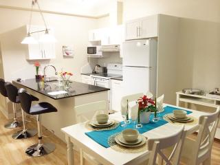 402-Modern,spacious 4 bdr condo NDG, Montreal