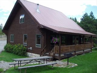 Rocky Top Log Cabin Open Year Round