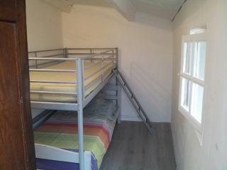 Bel appartement refait à neuf, Palau del Vidre