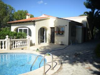 VILLA BAYONA, 4 BEDROOMS, PRIVATE POOL, Moraira
