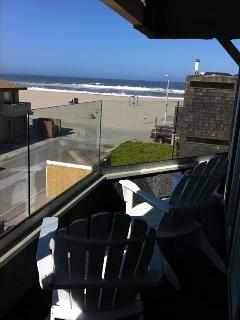 View from 3rd Floor deck looking out to the ocean.
