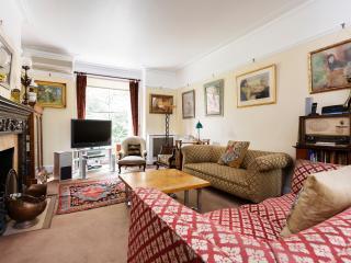 4 bed Kensington house on Kensington Church Street, London