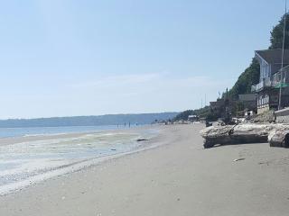 Stunning Beachfront Villa On Beautiful Whidbey Island
