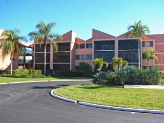 Lovely 1BR Punta Gorda Condo w/Resort Amenities!