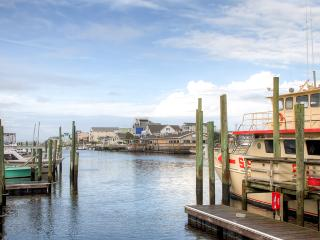 Brilliant 4BR Carolina Beach Townhome w/Ocean & Canal Views - Walk to the Beach!