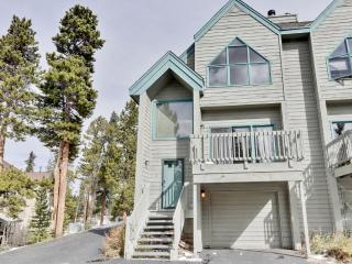 Glorious 4BR Breckenridge Townhome w/Wifi, Large Private Patio & Spectacular Rocky Mountain Views - On Bus Route, Minutes to the Ski Slopes & Main Street Attractions!