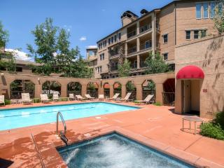 2BR Snowmass Village Condo Across from Ski Slopes!