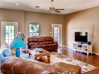 Waco Riverfront Home w/Patio Perfect for Game Days