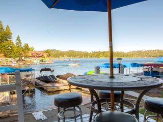 Enchanting 5BR Lake Arrowhead House w/Private Dock, Hot Tub, Wifi & Fenced Backyard - Prime Lakefront Location! Only 1 Mile from Lake Arrowhead Village
