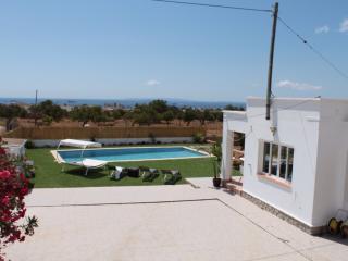 VILLA WHIT POOL, Ibiza Ciudad