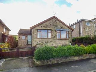 HILL SIDE VIEW bungalow, garden, country views, close to Peak District in