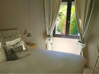 Appartement KING dans VILLA haut de gamme BDM HOME, La Seyne-sur-Mer