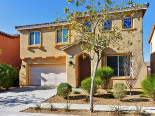 New Listing! Picturesque 3BR + Loft Las Vegas House w/Wifi, Private Patio & Mountain Views - Minutes to the Strip, Aliante, Red Rock Conservation Area & Las Vegas Speedway!
