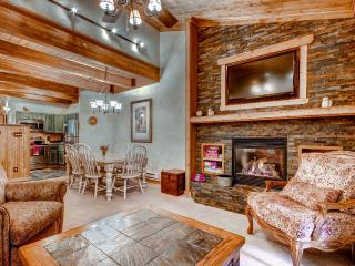 Beautifully Appointed 2BR Steamboat Springs Condo w/Gas Grill, Gorgeous Views & Pool Access - Near the Upper Ski Lift, Yampa River & Downtown Attractions!